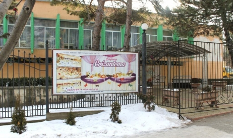 Crizantema Cafe returns to Moldovan Academy of Sciences